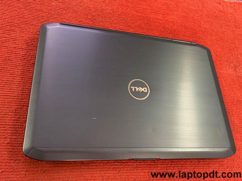 review laptop cho sinh viên